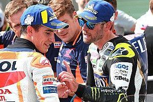 """Crutchlow: """"A simple vista se ve que la moto de Márquez no es como la mía"""""""