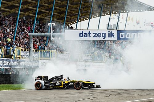 """Sainz in Assen: """"Hoop dat ze hier een Formule 1-race krijgen"""""""