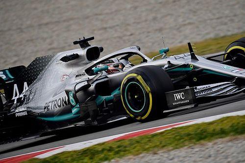 Hamilton és Bottas is kipipálta a mai programot