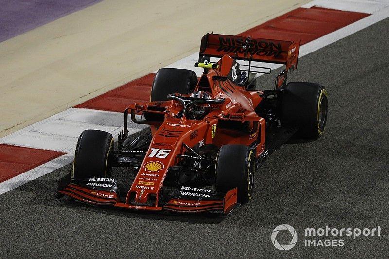 Un cortocircuito sin precedentes causó el problema en el motor de Leclerc