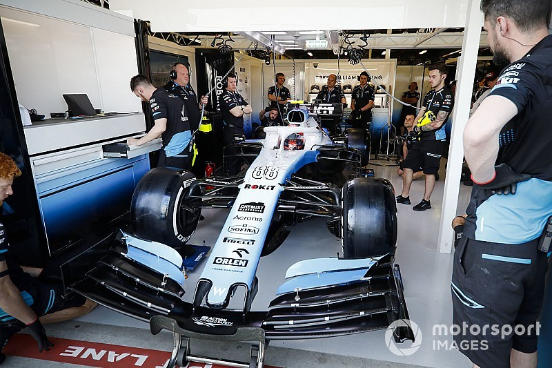 Kubica: Shortage of spares