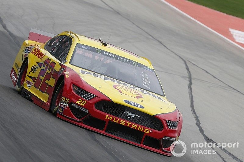 Joey Logano beats Johnson for Stage 1 win at Texas
