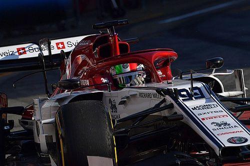 """Giovinazzi eddig boldog, de még megvárná Räikkönen """"jóváhagyását"""""""