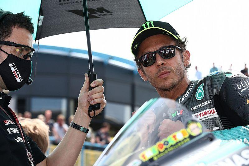 """MotoGPの生ける伝説""バレンティーノ・ロッシ、スティリアGPで特別会見を実施。今後の去就を発表か?"