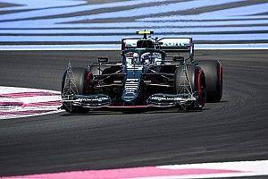 Aston Martin: ''Vettel'in geri bildirimleri sayesinde uzun toplantılar yapıyoruz''