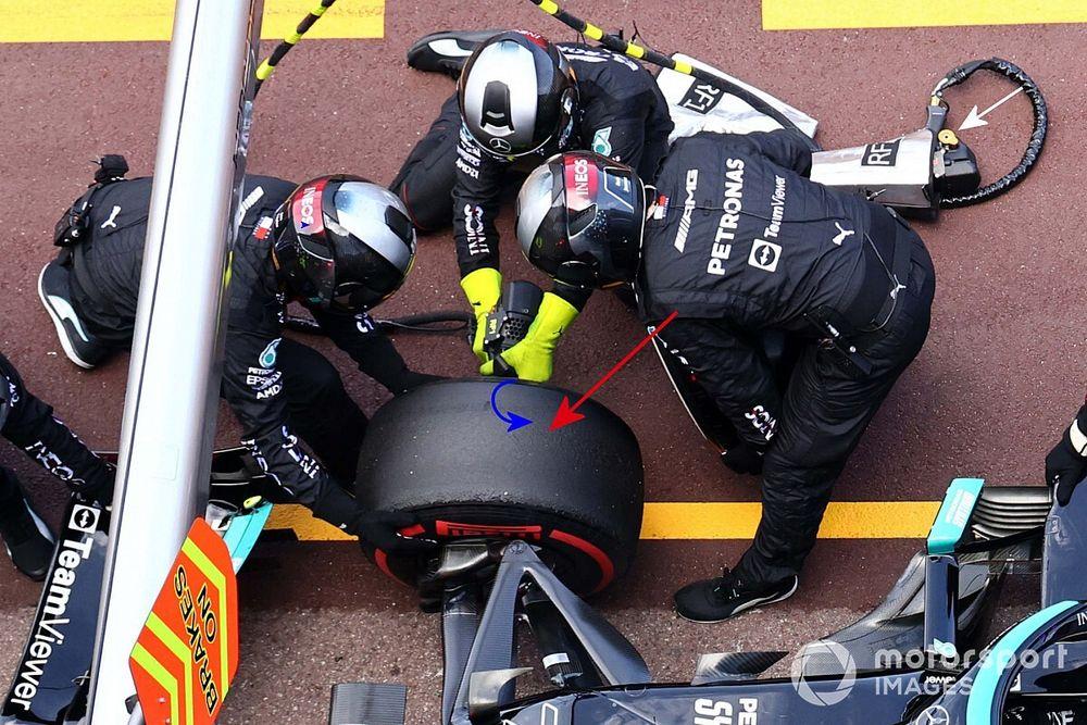Mercedes reveals video of Bottas Monaco F1 wheel removal
