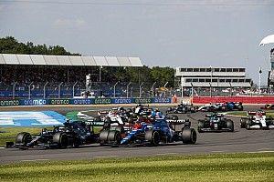 Alonso sobre Vettel: tenía muchas ansias al llegar a la curva