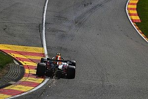 Red Bull quita presión a Albon haciéndole salir antepenúltimo