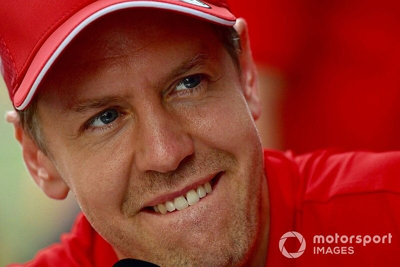"Vettel ""Piloto del Día"" del GP de Singapur"
