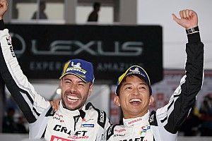 """""""100点満点""""の会心レース。3号車の平手&マコヴィッキィ、GT-Rの1勝目に歓喜"""