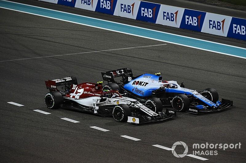 Videón Kubica és Giovinazzi csattanása Abu Dhabiból