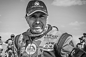 Straver (48) overleden aan gevolgen van crash in Dakar Rally