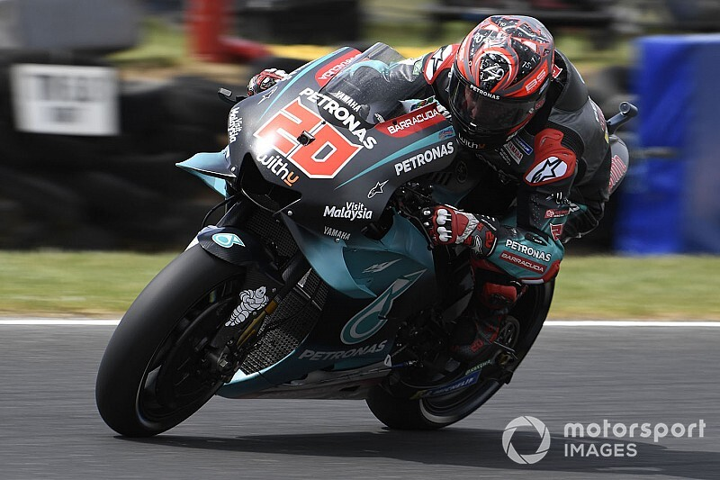"Une chute met fin au ""week-end difficile"" de Quartararo"