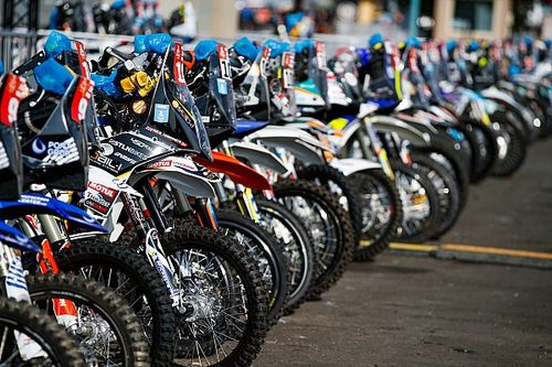 "Dakar: per moto e quad inizia la ""Super Marathon"" domani"