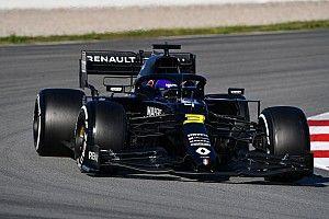 """Ricciardo over strijd middenveld: """"Drie teams binnen een tiende"""""""