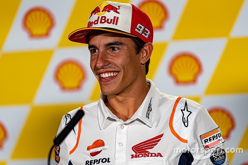 Маркес посоветовал Лоренсо упасть 20 раз, чтобы разобраться с Honda
