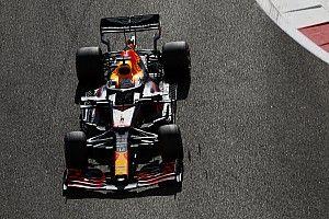 PLACAR F1: Com pole, Verstappen termina ano com 100% de aproveitamento na disputa interna