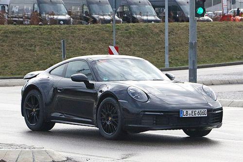 Una Porsche 911 da fuoristrada? Le foto spia della Safari