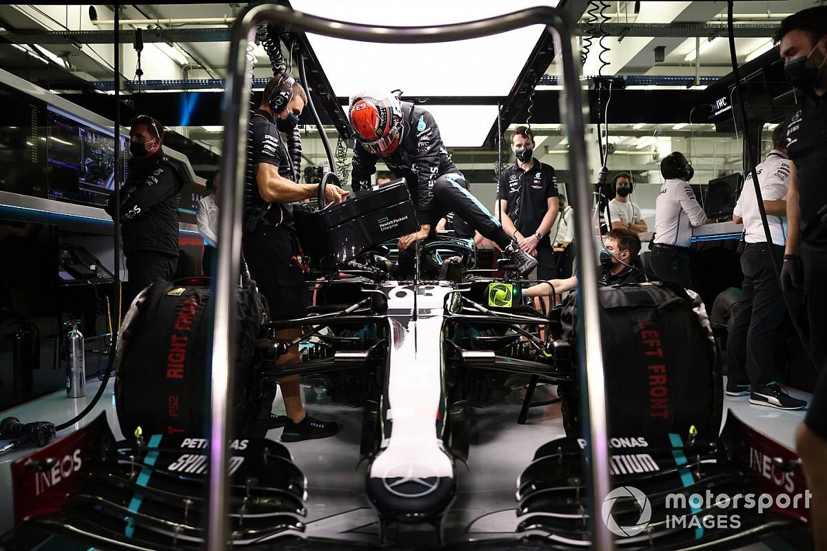 Mercedes, Russell'ın sığması için araçta 'küçük' değişiklikler yapmış