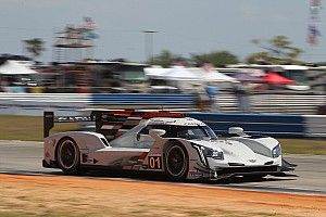 Sebring 12H is underway, van der Zande leads for Ganassi