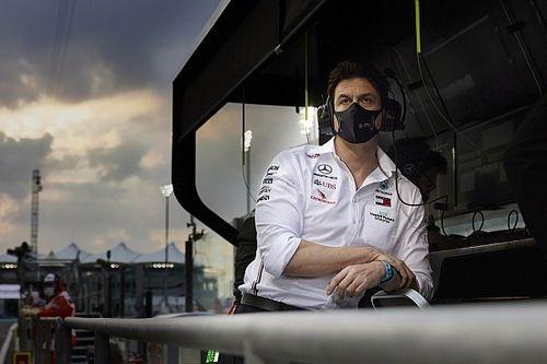 """Wolff reëel: """"Red Bull sterk, maar dit is wel hoe F1 moet zijn"""""""