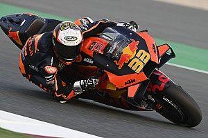 Binder, 2021 KTM motosikletiyle virajlarda ''zaman kaybediyor''