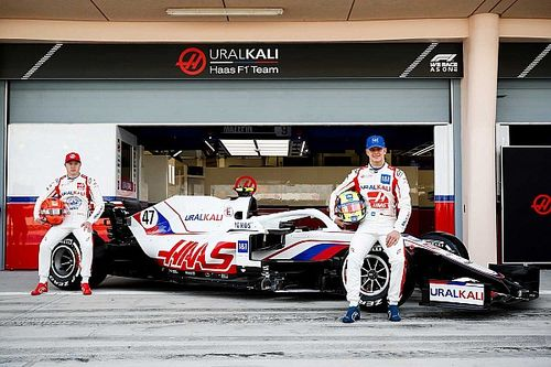 Haas formally unveils VF-21 F1 car following Bahrain shakedown