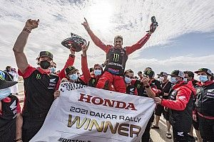 Galeri Foto: Kevin Benavides Rayakan Juara Dakar 2021