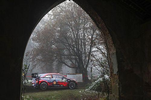 Monza Rallisi kazalar nedeniyle durduruldu