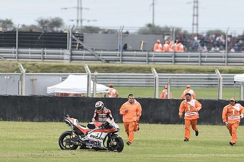 "Lorenzo says first-lap crash ""difficult to accept"""