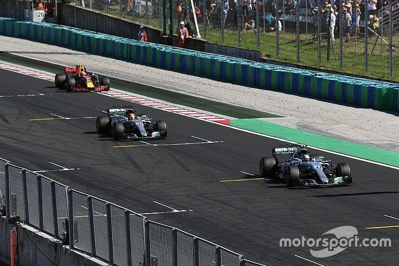Hamilton, Bottas'a yer vermesinin riskli olduğunu kabul ediyor