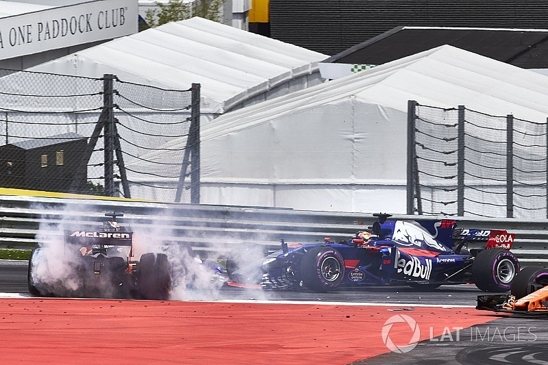"Tost : Le premier virage était le ""point faible"" de Kvyat"