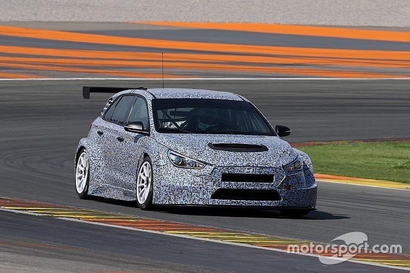 A Hyundai két autóval indul a TCR utolsó fordulóin