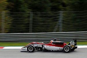F3 Red Bull Ring: Ilott zegeviert op knappe wijze in eerste race