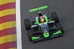 Formule Renault Raceverslag FR2.0 Barcelona: Fenestraz kampioen, Verschoor derde in crashfestijn