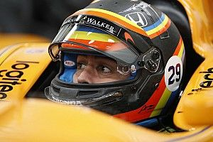 Alonso pakai desain helm Indy 500 di GP AS