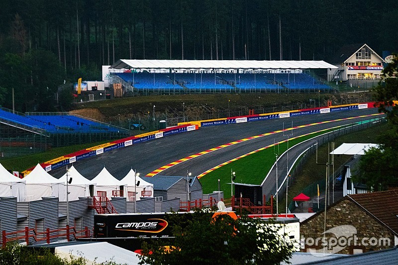F2ベルギーレース1:大クラッシュ発生により、2周で赤旗終了