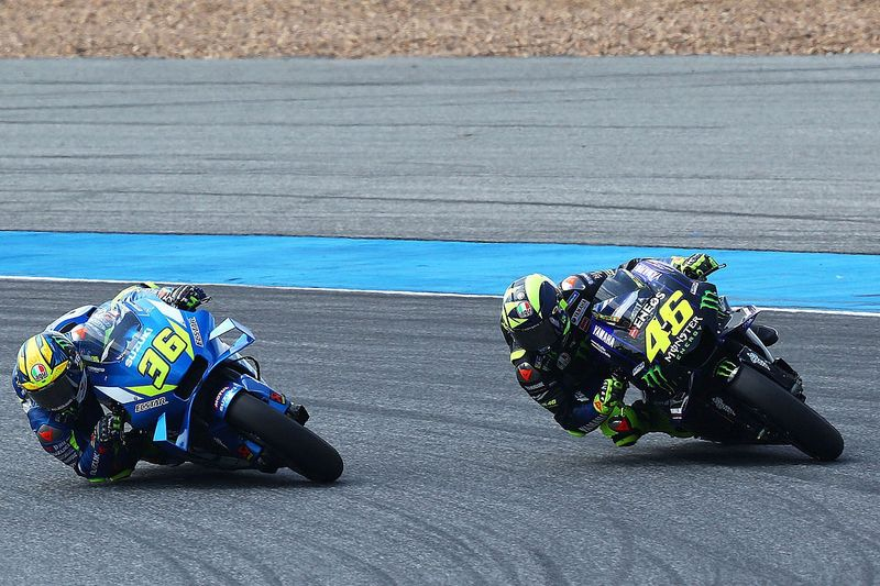 Suzuki enquired Brivio about Rossi signing over Facebook