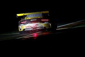 Spa 24h: ROWE Porsche leads in heavy rain at halfway