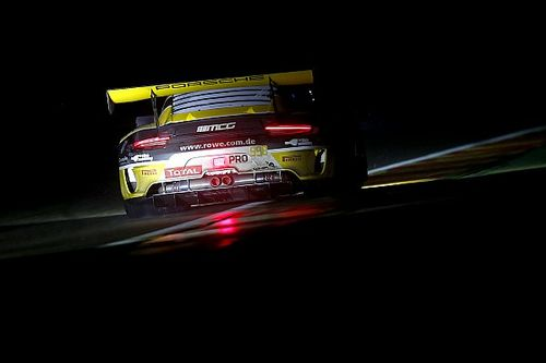 Spa 24h: ROWE Porsche leads in heavy rain at halfway