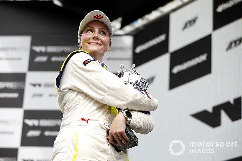 Kimilainen logra su primera victoria en la W Series