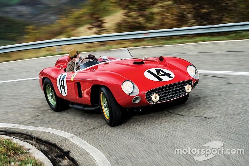 Un Ferrari 290 MM de Fangio subastado por 22 millones de dólares