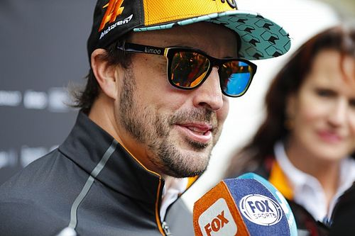 "Alonso : ""Ce sera un privilège de piloter une NASCAR"""