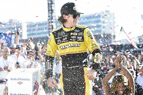 Johnson and Truex crash; Blaney wins in wild finish at the Roval