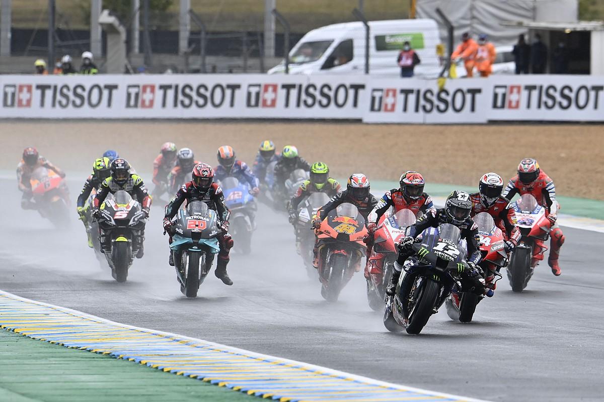 Vinales, elektronik yardım kullanmadan yaptığı Le Mans kalkışını Pedrosa'dan ilham almış