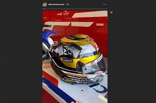 Шварцман показал новый дизайн шлема – в память об отце