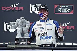 Briscoe goes worst to first to win Sunday's Dover Xfinity race