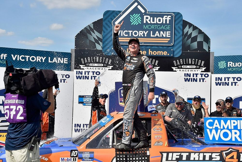 Sheldon Creed opens Trucks playoffs with back-to-back wins