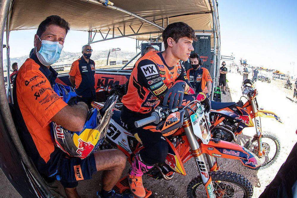 Jorge Prado Terkesan Paksakan Diri Turun di MXGP Prancis