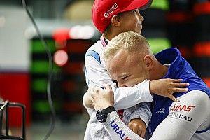 Schumacher továbbra is Mazepint ekézi: Túlságosan mélyen van